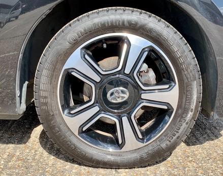 Toyota Aygo VVT-I X-CLUSIV X-SHIFT 16