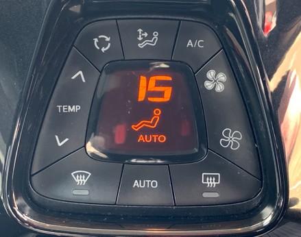 Toyota Aygo VVT-I X-CLUSIV X-SHIFT 29