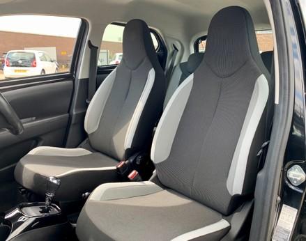 Toyota Aygo VVT-I X-CLUSIV X-SHIFT 40