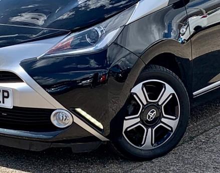 Toyota Aygo VVT-I X-CLUSIV X-SHIFT 3