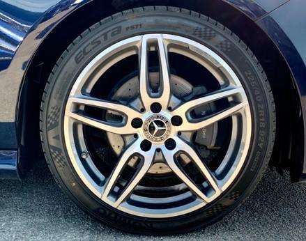 Mercedes-Benz A Class A 180 D AMG LINE 16