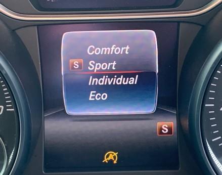 Mercedes-Benz A Class A 180 D AMG LINE 25