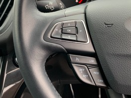 Ford Kuga TITANIUM TDCI 38