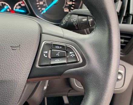 Ford Kuga TITANIUM TDCI 39
