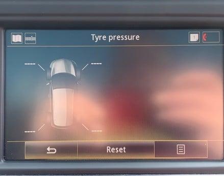 Renault Kadjar SIGNATURE NAV TCE 28