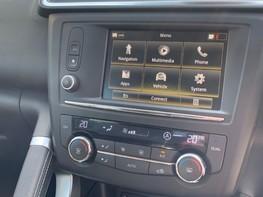 Renault Kadjar SIGNATURE NAV TCE 32