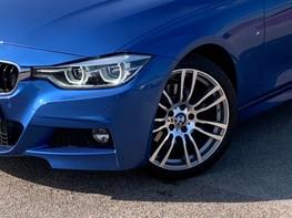 BMW 3 Series 330D M SPORT 3