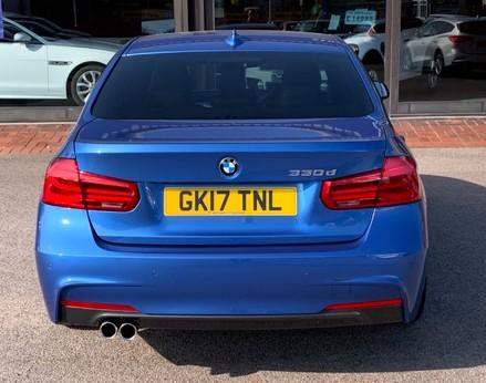 BMW 3 Series 330D M SPORT 6