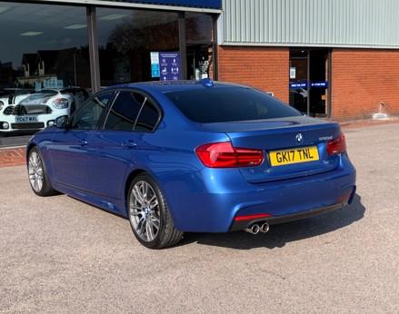 BMW 3 Series 330D M SPORT 9