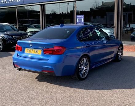 BMW 3 Series 330D M SPORT 8