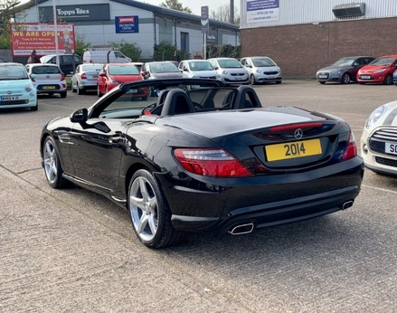 Mercedes-Benz SLK SLK250 CDI BLUEEFFICIENCY AMG SPORT 9