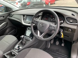 Vauxhall Grandland X SE S/S 17
