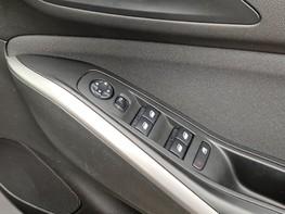 Vauxhall Grandland X SE S/S 44