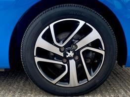 Peugeot 108 PURETECH ALLURE 16