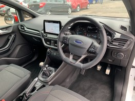 Ford Fiesta ST-LINE 17