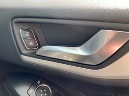 Ford Focus ZETEC 49