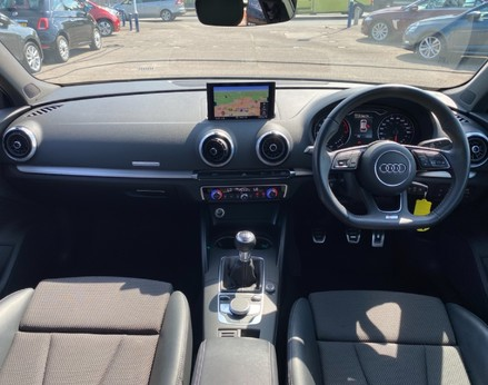 Audi A3 TFSI S LINE 2