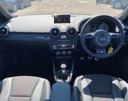 Audi A1 S1 QUATTRO 2