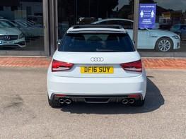 Audi A1 S1 QUATTRO 6