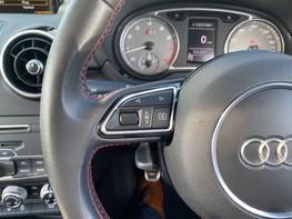 Audi A1 S1 QUATTRO 38