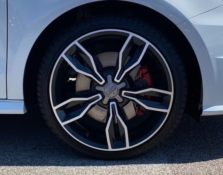 Audi A1 S1 QUATTRO 12