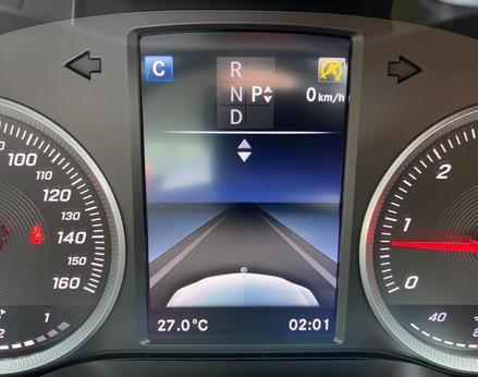 Mercedes-Benz C Class C220 D SE 27