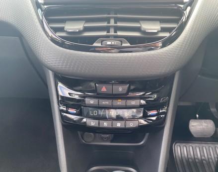 Peugeot 2008 BLUE HDI S/S ALLURE 32
