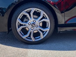 Ford Fiesta ST-LINE 12