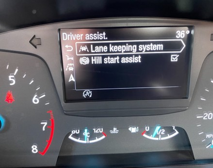 Ford Fiesta ST-LINE 27
