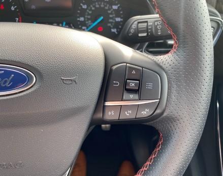 Ford Fiesta ST-LINE 39
