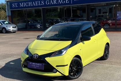 Toyota Aygo VVT-I X-CITE 2 X-SHIFT