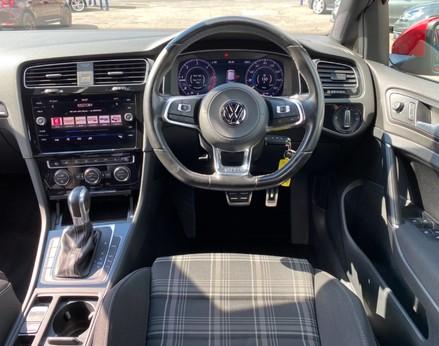 Volkswagen Golf GTD TDI DSG 18