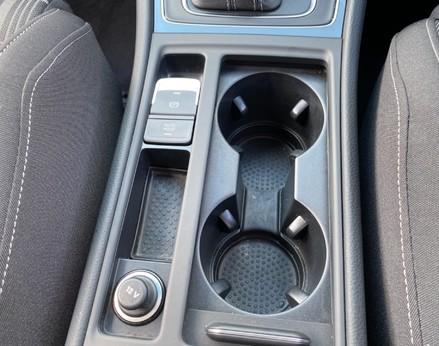Volkswagen Golf GTD TDI DSG 33
