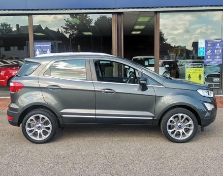 Ford Ecosport TITANIUM 10