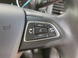 Ford Ecosport TITANIUM 23
