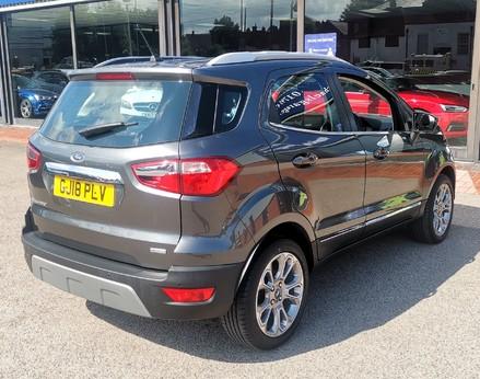 Ford Ecosport TITANIUM 8