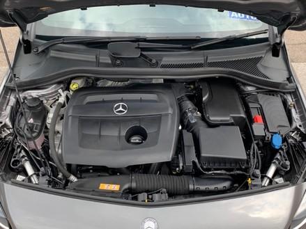 Mercedes-Benz B Class B 180 D AMG LINE EXECUTIVE