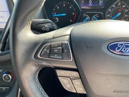 Ford Kuga ST-LINE TDCI 39