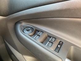 Ford Kuga ST-LINE TDCI 45