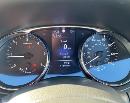 Nissan X-Trail DCI TEKNA 19