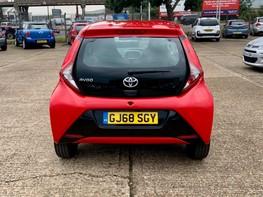 Toyota Aygo VVT-I X-PLAY 6