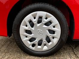 Toyota Aygo VVT-I X-PLAY 13