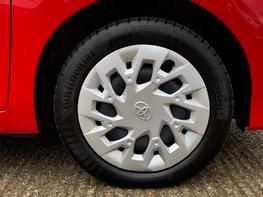 Toyota Aygo VVT-I X-PLAY 16