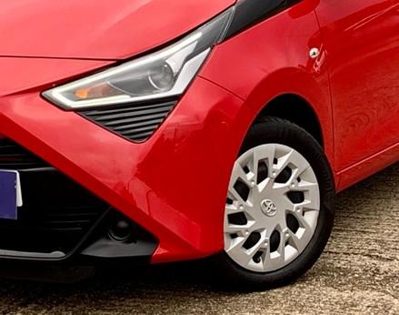 Toyota Aygo VVT-I X-PLAY 3