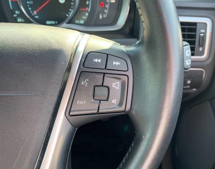 Volvo V70 D4 SE LUX 42