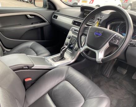 Volvo V70 D4 SE LUX 17