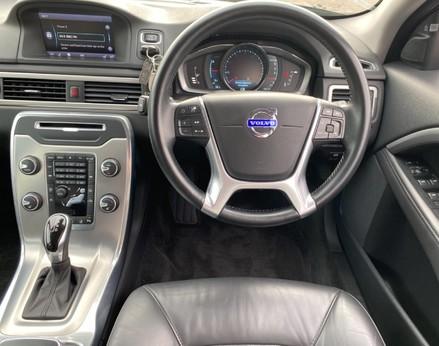 Volvo V70 D4 SE LUX 18