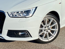 Audi A1 SPORTBACK TFSI S LINE NAV 3