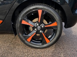 Nissan Micra IG-T BOSE PERSONAL EDITION 16