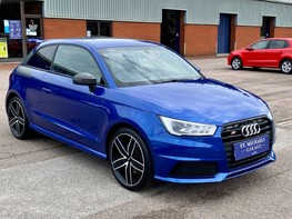 Audi A1 S1 COMPETITION QUATTRO 4